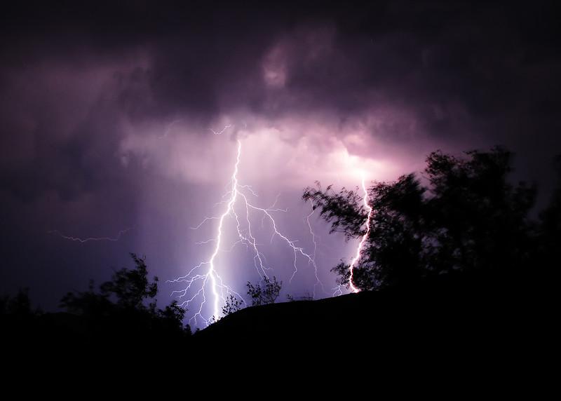 SAN_4093-7x5-Lightning