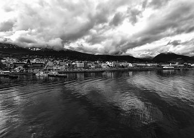 ANT_0450-7x5-Ushuaia-BW