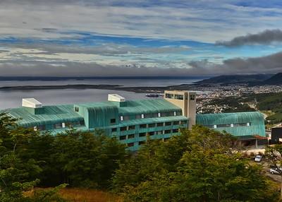 ANT_0112-7x5-Ushuaia Arakur Hotel and port