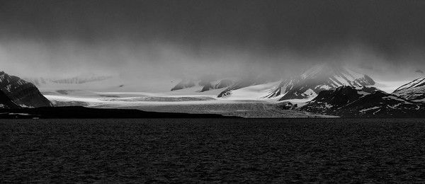 ART_0026-Glacier-BW