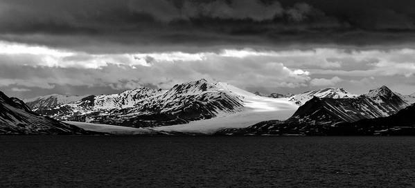 ART_0050-Glacier-BW