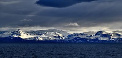 ART_0021-Longyearbyen coast
