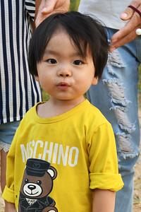 CHI_0642-Local child