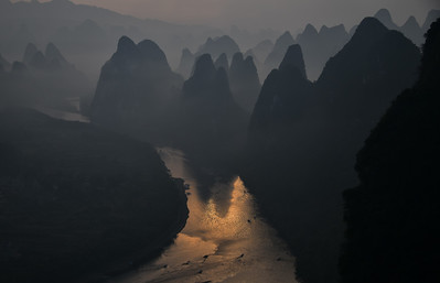 CHI_1864-Mtns-River