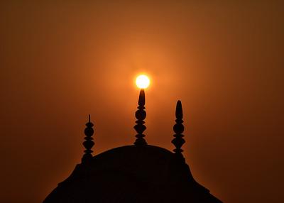 IND_0617-7x5-Hazy Sunrise