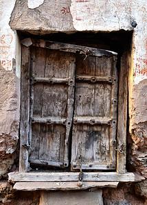 IND_0536-5x7-Door