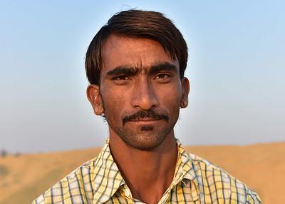 IND_1721-7x5-Camel Owner