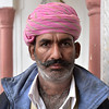 IND_3178-7x5-Man-Hotel Guard