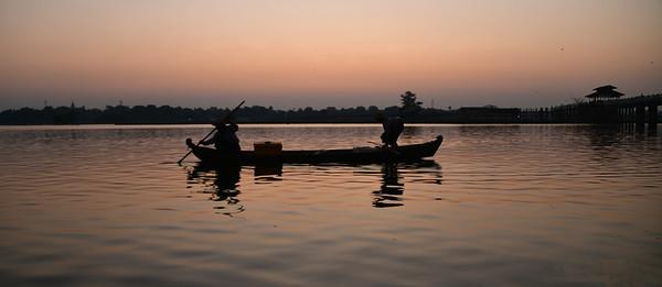 MYA_3011-Bridge-Boat-Sunrise