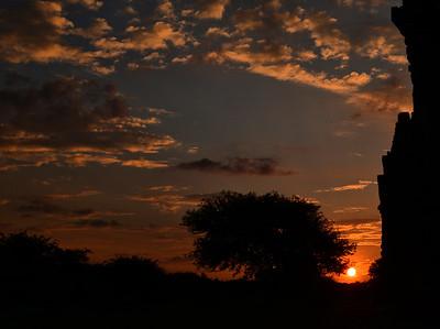 MYA_2796-Temple Sunset