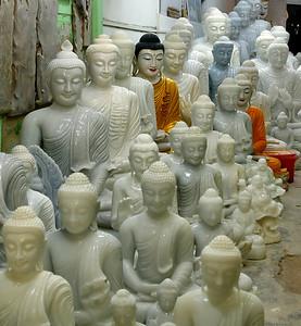 MYA_2865-Stone Buddhas