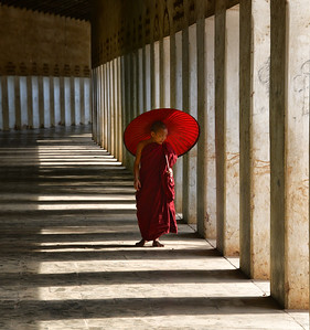 MYA_2007-Monk in Hall