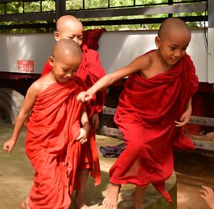 MYA_2078-Boy Monks