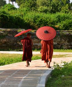 MYA_3404-Boy Monks