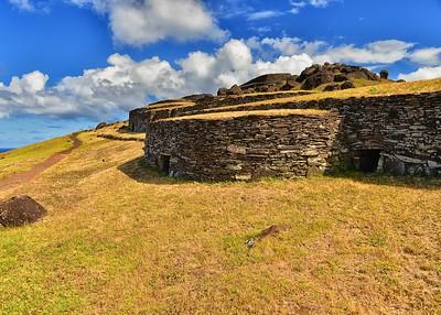 EAS_2680-7x5-Orongo village