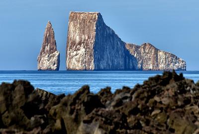 ECQ_2941-Rock from Shore
