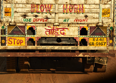 IND_0630-7x5-Truck sign