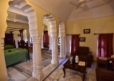 IND_0457-7x5-Room-Mandawa Castle