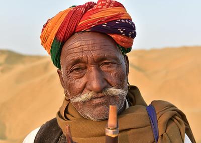 IND_1726-7x5-Old Man