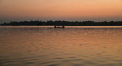 MYA_2996-Bridge-Boat-Sunrise