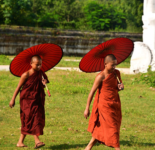 MYA_3411-Boy Monks