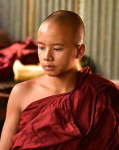 MYA_2142-Teenage monk