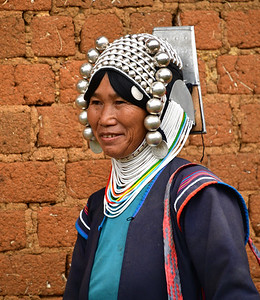 MYA_3958-Traditional Woman