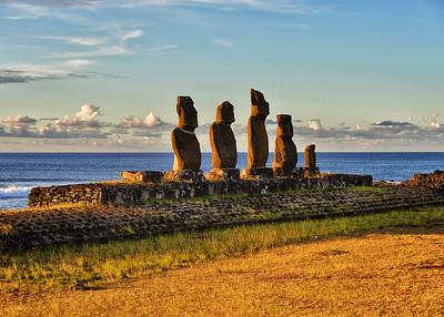 EAS_0923-7x5-Moai-Evening Light