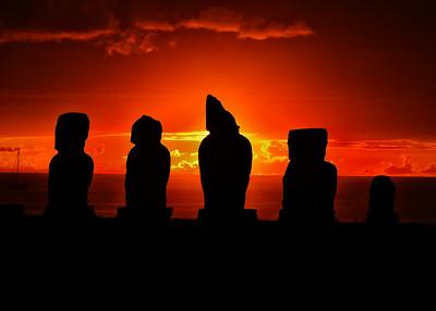 EAS_2281-7x5-Moai Sunset