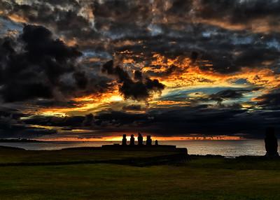 EAS_2262-7x5-Moai Sunset