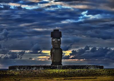 EAS_3291-7x5-Moai-Evening Light