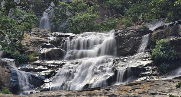 SRI_2084-Waterfall-Sri Lanka