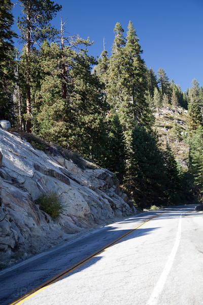 Road to Glacier Point