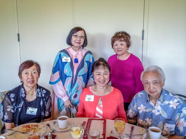 (l-r) Cynthia Joe, Lonnie Chin, Patricia (Louie) Seid, Brenda (Jue) Chinn, Dr. Derald Seid