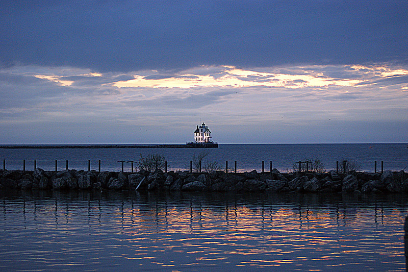 Lorain's Lighthouse and Harbor