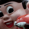 "08.16.09 =  Most of you know this little guy; The Big Boy.  Here in Cincinnati, we call him the Frisch's Big Boy.  That is the name of the family that runs the Big Boy chain here.  It's a local icon.  If you have never been to Cincinnati, I'm sorry, your are really missing out on some fantastic food. Cincinnati is one of the top cities in the country for local dining out.  Stay tuned for some fantastic food this week!<br /> <br /> ""We are living in a world today where lemonade is made from artificial flavors and furniture polish is made from real lemons.""  Alfred E. Newman"