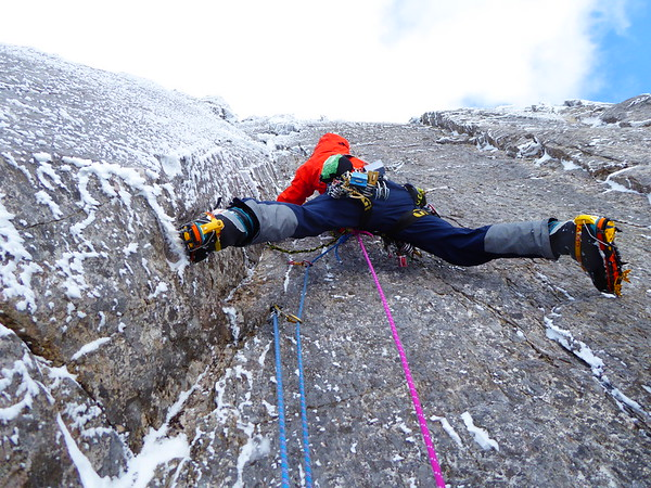 Me leading pitch 2
