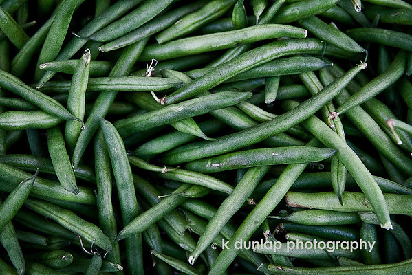 "02.27.12 = Green Beans<br /> <br /> Sorry, I just can't help myself from photographing fruits and vegetables!  <br /> <br /> ""Vegetables are a must on any diet.  I suggest carrot cake, zucchini bread and pumpkin pie.""  Jim Davis"