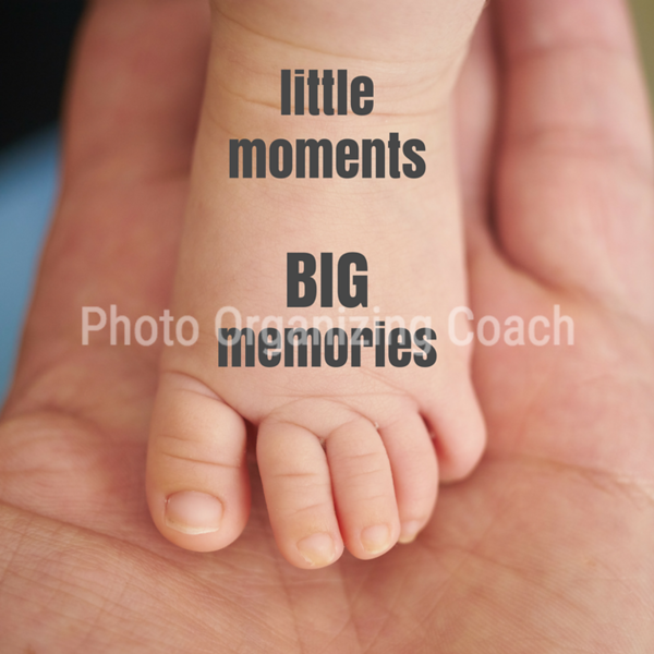 Little moments Social Graphic Square