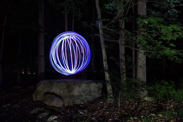 210/366 - Light Orb