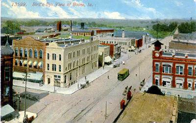 13599 - Bird's Eye View of Boone, Ia - Original