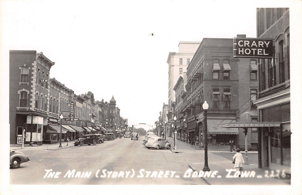The Main (Story)Street, Boone, Iowa - 2226 - Original