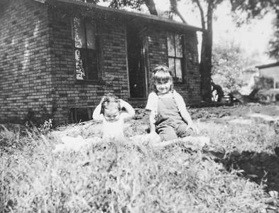 Sandra Upchurch (L) & Kathleen Hayes