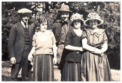??, Vera, Hobart, Ethel, Gladys, Silver Falls State Park. ~1928