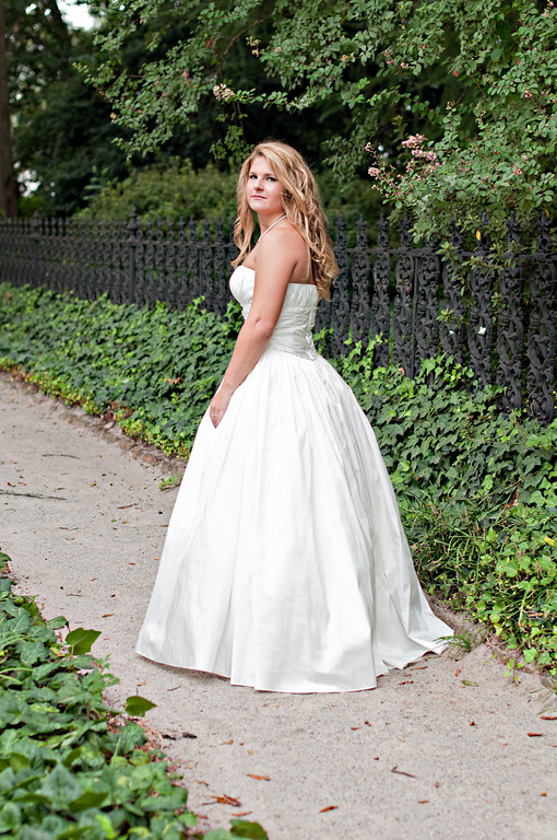 Whittney - Bridal Portraits September 26, 2010-0950-Edit