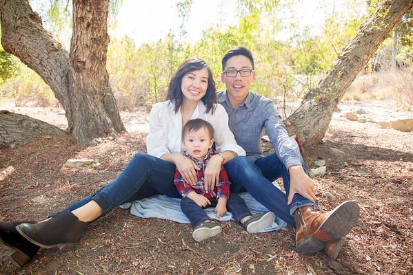 Nguyen-Hoida Family Portraits