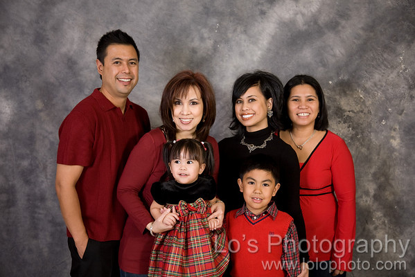 Quimpo Family Christmas Portraits
