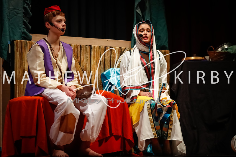 Hannibal Middle School students perform in the musical Aladin Jr