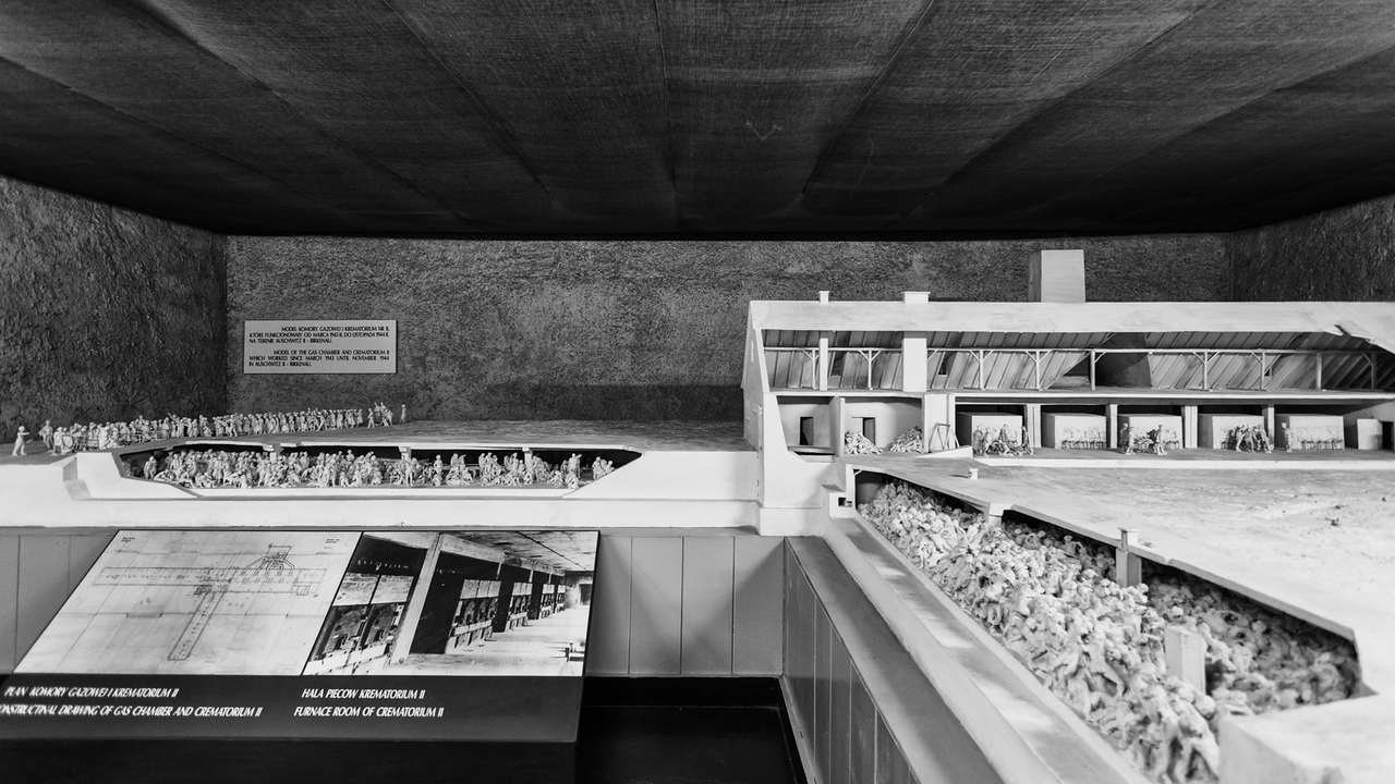 A detailed architectural model of the large gas chamber at Auschwitz