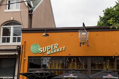 """""""Kensington Market"""" Photo Tour"""